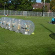 bubble voetballen liggen klaar