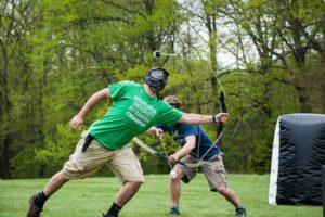 archery voetbal foto